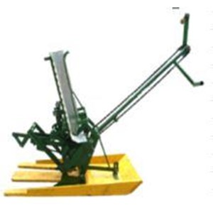 Dari Mesin dan Alat Pertanian Perkebunan dan Perhutanan Tanam Padi Manual 0