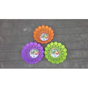 Dari Piring anyaman plastik tipe flower kode 5506 Dx produk Lucky Star warna ungu 4